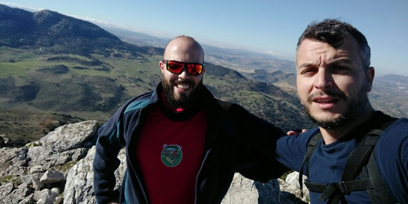 En la cima del pico Lagarin