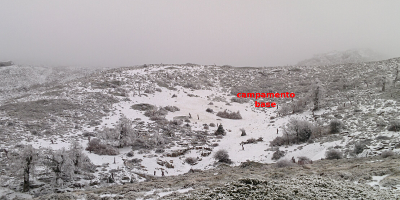 El campo base nevado