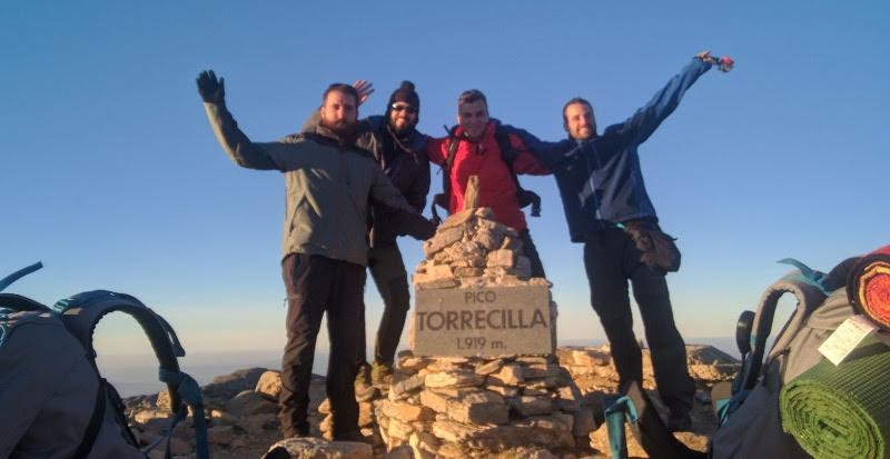En la cima del pico Torrecilla